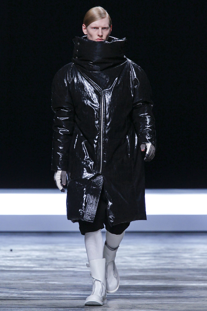 Diederik Van Der Lee3166_FW12 Paris Rick Owens(VOGUE)