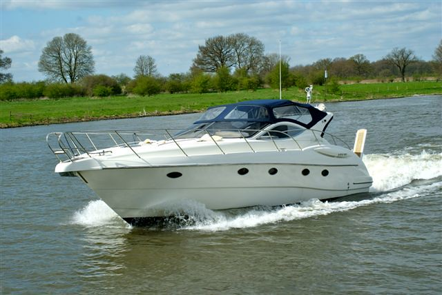 2006 Atlantis Gobbi 425 SC from first owner for sale in Holland.