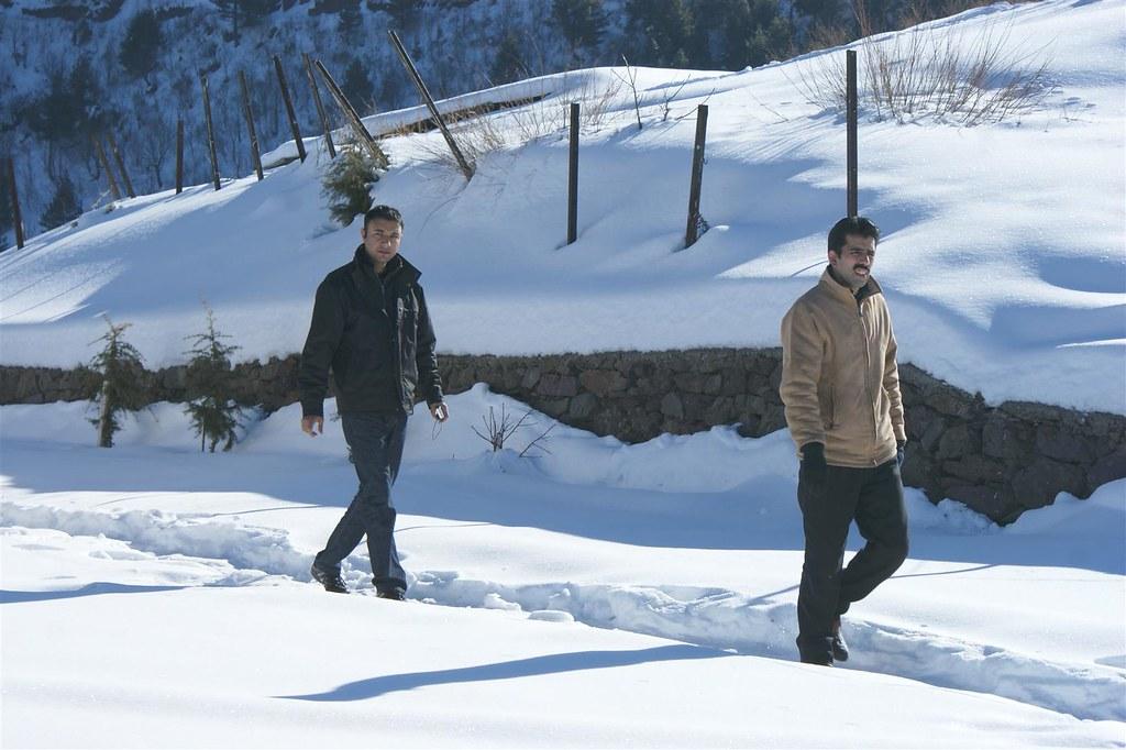 Muzaffarabad Jeep Club Snow Cross 2012 - 6816330771 fa8c67dbe4 b