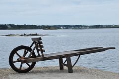St-Cado - Old Wheelbarrow