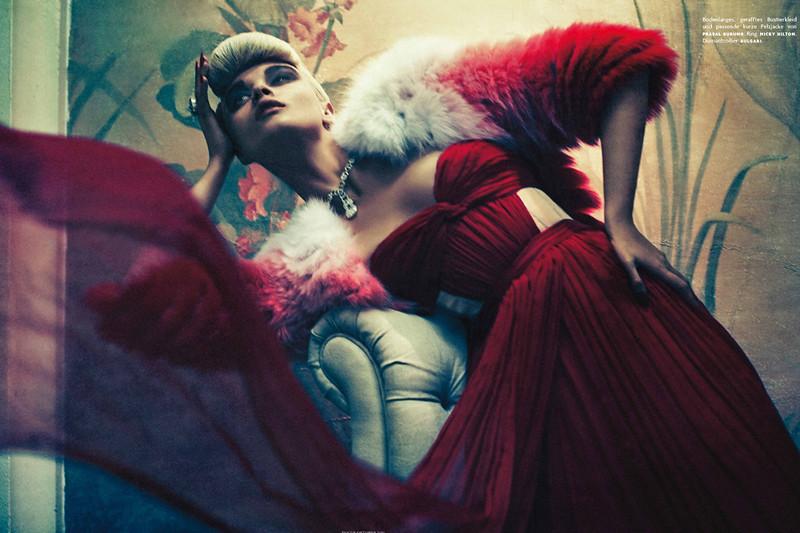 Crystal-Renn-Sebastian-Kim-Vogue-Germany-06
