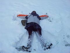 mountaineering(0.0), ski touring(0.0), extreme sport(0.0), telemark skiing(0.0), snowshoe(1.0), adventure(1.0), footwear(1.0), winter(1.0), snow angel(1.0), snow(1.0), blizzard(1.0), freezing(1.0),