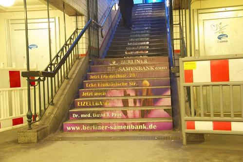 Steps at U6