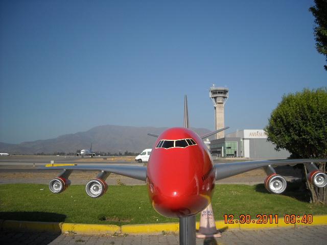 El más grande de mis aviones 6848404965_5dae268153_z
