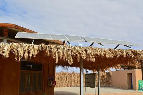 以色列生態旅客中心的太陽能板。陳婉寧攝。
