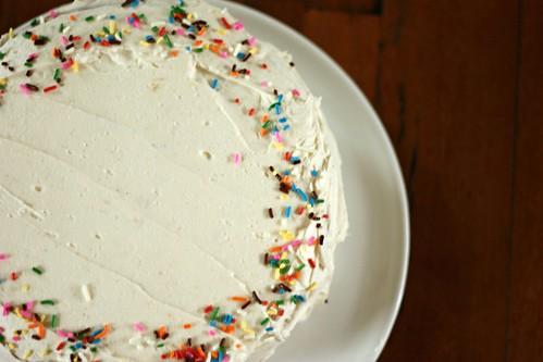 vanilla bean cake (with vanilla bean buttercream)
