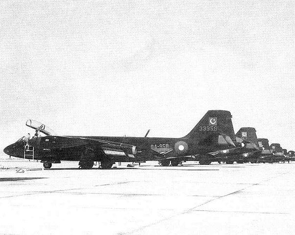 Numéro 56 [Heller Dassault Mirage IV A - 1/72] 14012759874_d373bf3a20_o