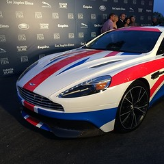 model car(0.0), automobile(1.0), automotive exterior(1.0), aston martin dbs v12(1.0), vehicle(1.0), aston martin v8 vantage (2005)(1.0), aston martin virage(1.0), aston martin dbs(1.0), performance car(1.0), automotive design(1.0), aston martin vanquish(1.0), bumper(1.0), aston martin db9(1.0), land vehicle(1.0), luxury vehicle(1.0), supercar(1.0),