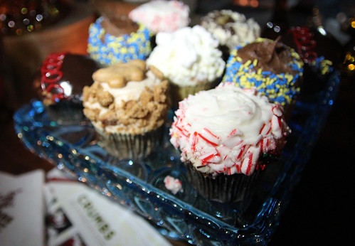 Crumbs holiday cupcakes by Caroline on Crack
