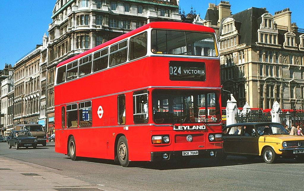 Leyland BCK706R Paliament Sq.