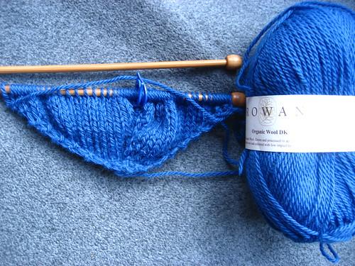 Victoriana shawl in blue organic wool