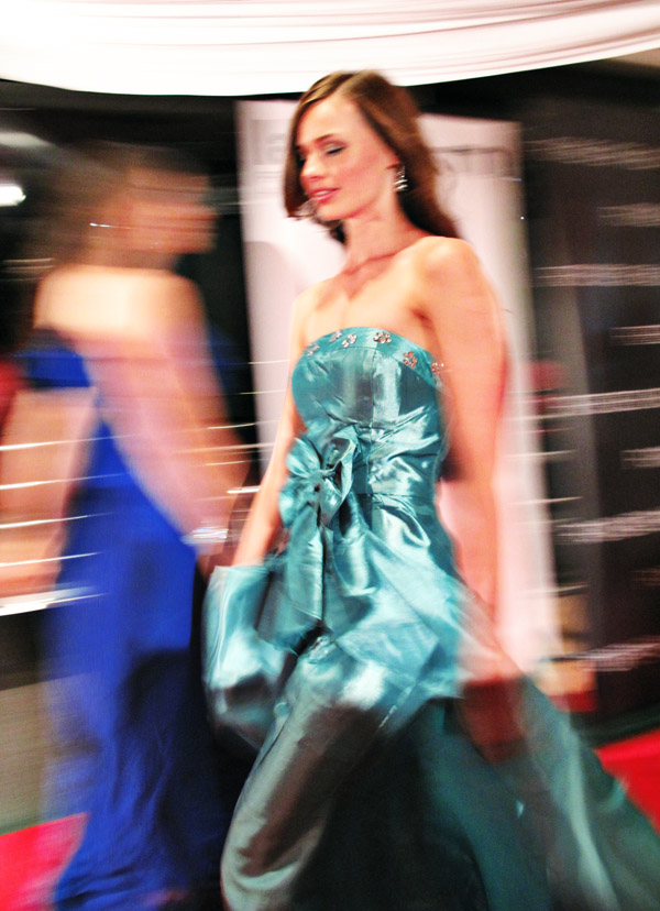 Winner Belinda Adams in her Gown, Woman's Day Miss Country Girl Australia 2011_270