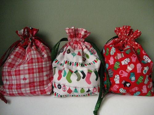 christmassy drawstring bags