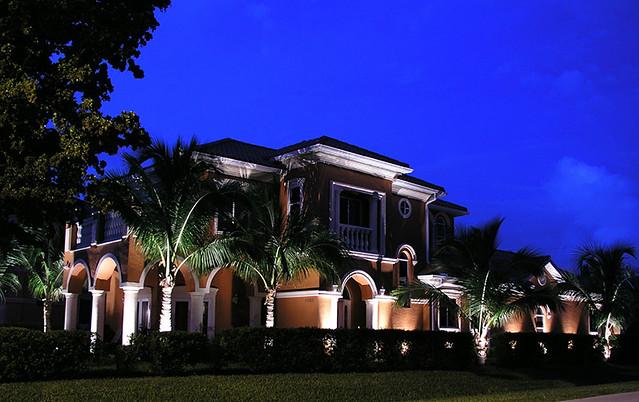 Landscape Lighting Sarasota : Outdoor landscape lights tree lighting sarasota lakewood