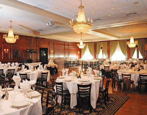Maggiano's Weddings