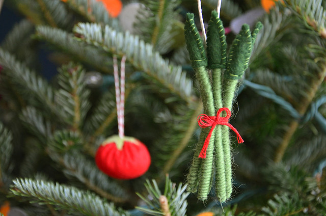 asparagus ornament