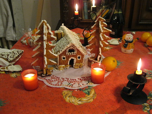 Casetta Di Natale Con Biscotti : Casette di pan di zenzero di greddyweb youdolci