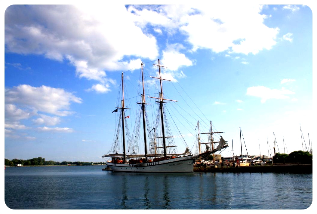 toronto sailboat