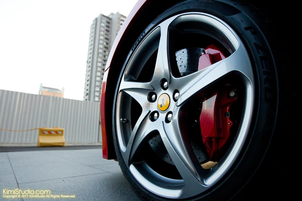 2011.10.28 Ferrari-059