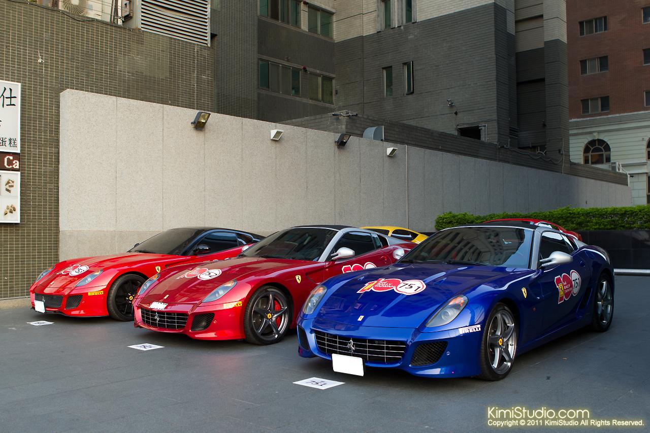 2011.10.28 Ferrari-087