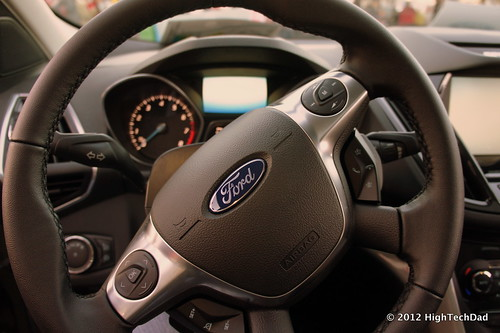 FORD ESCAPE PHOTOS