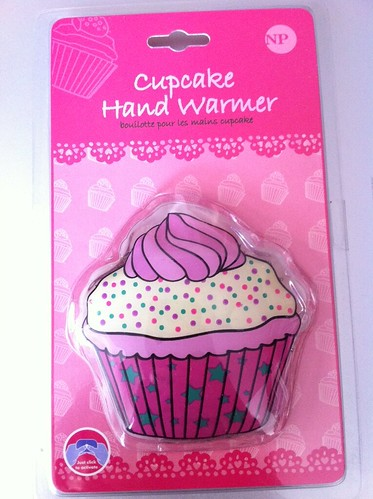 Cupcake hand warmer by Rachel from Cupcakes Take the Cake