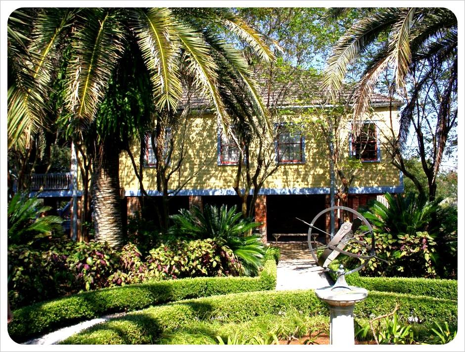 laura plantation gardens louisiana