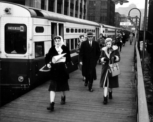 Passengers at the Chicago L stop, March 1962