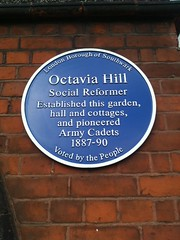 Photo of Octavia Hill blue plaque