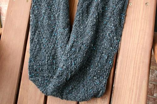 Avery infinity scarf
