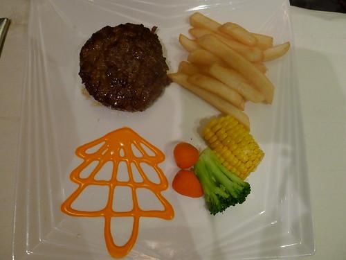 兒童主餐-漢堡排@西堤牛排
