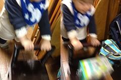 椅子が手押し車がわり(2012/1/21)