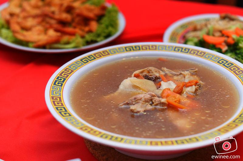CNY-2012-chicken-soup