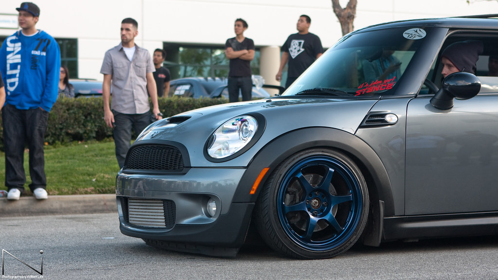 Stance event-105