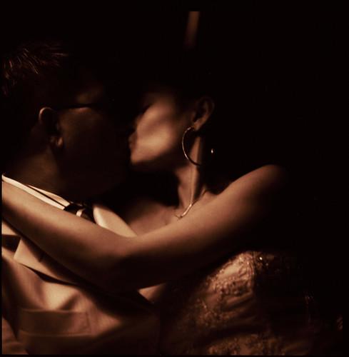 Kiss - Edward Olive chinese wedding photographer - fotógrafo para boda china Madrid by Edward Olive Fotografo de boda Madrid Barcelona