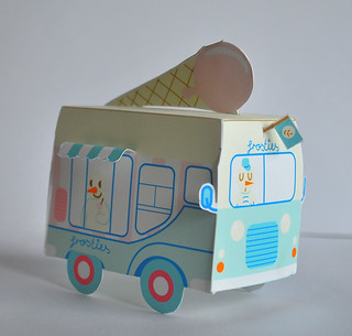 Frosties Ice Cream Truck 1