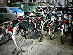Gazelle herenfiets (traditional gents roadster, v�lo homme traditionnel), Amsterdam, Marco Polostraat, 07-2011