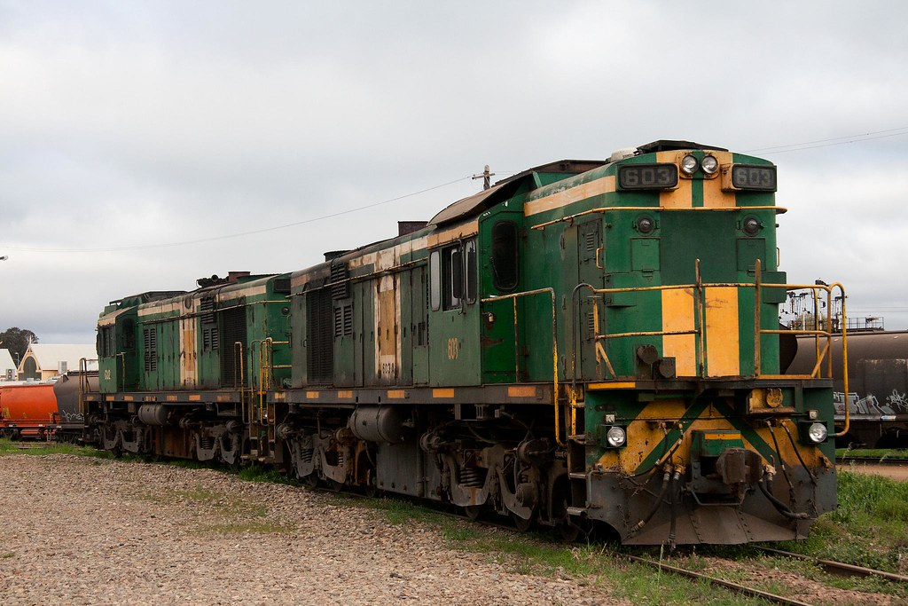 603 at Cootamundra by Trent
