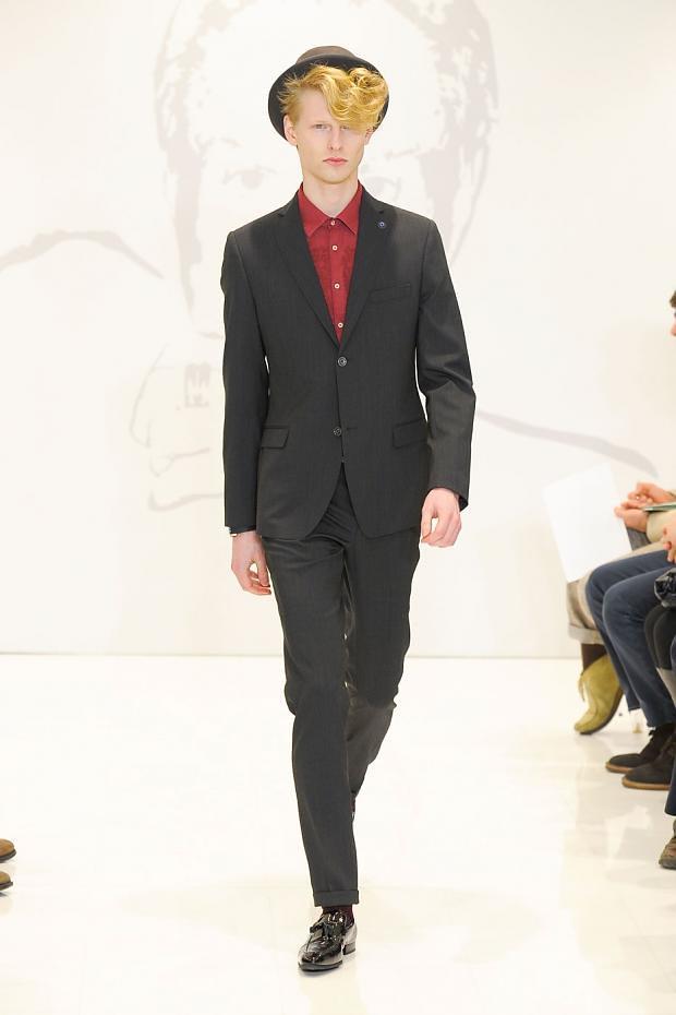 Diederik Van Der Lee3162_01_FW12 Milan Roccobarocco(fashionising.com)