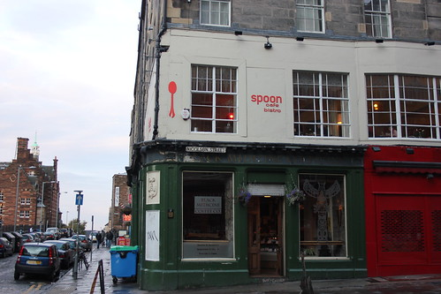 Spoon café et black medicine