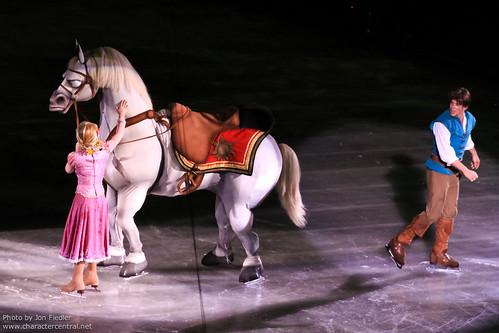 DoI Oct 2011 - Disney On Ice: Dare to Dream by PeterPanFan