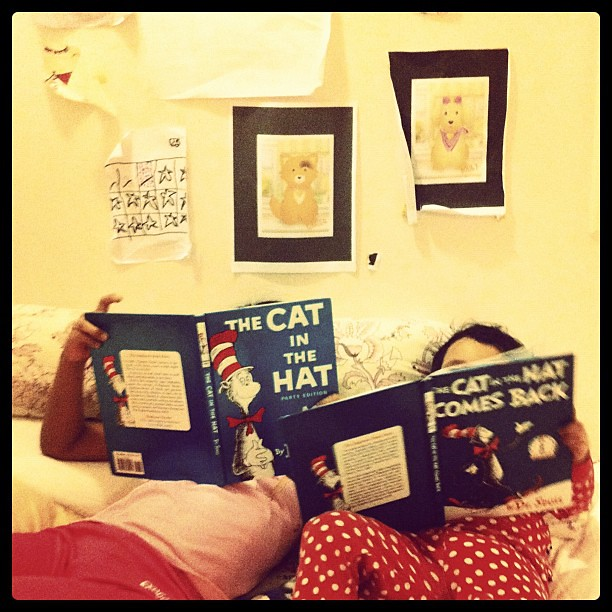 Bedtime. I found Kid1 reading to Kid3. But Kid3 had her own visuals, diff version. #books #reading #Seuss
