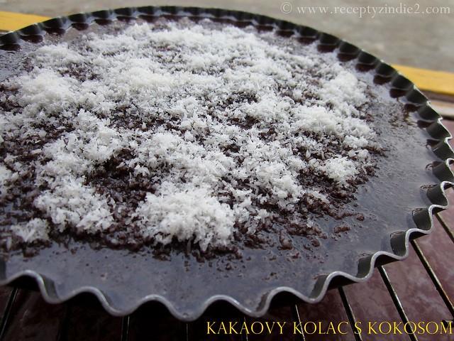 kakaovy kolac s kokosom