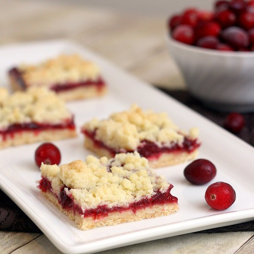 Brown Butter Cranberry Streusel Shortbread Bars