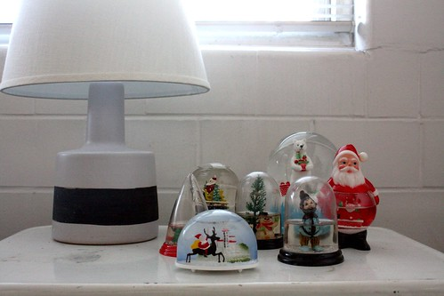 Holiday2011_Snowglobes