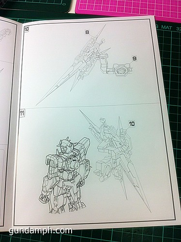 6544026321 e784086ed8 MG Quan[T] GN Sword IV Full Saber | BTF Colored Resin Kit | Unboxing