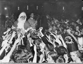Radio station 2CH's Children's Christmas party, Trocadero, 22 December 1936 by Sam Hood