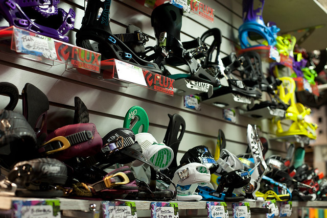 Snowboard Bindings at Evolution Whistler