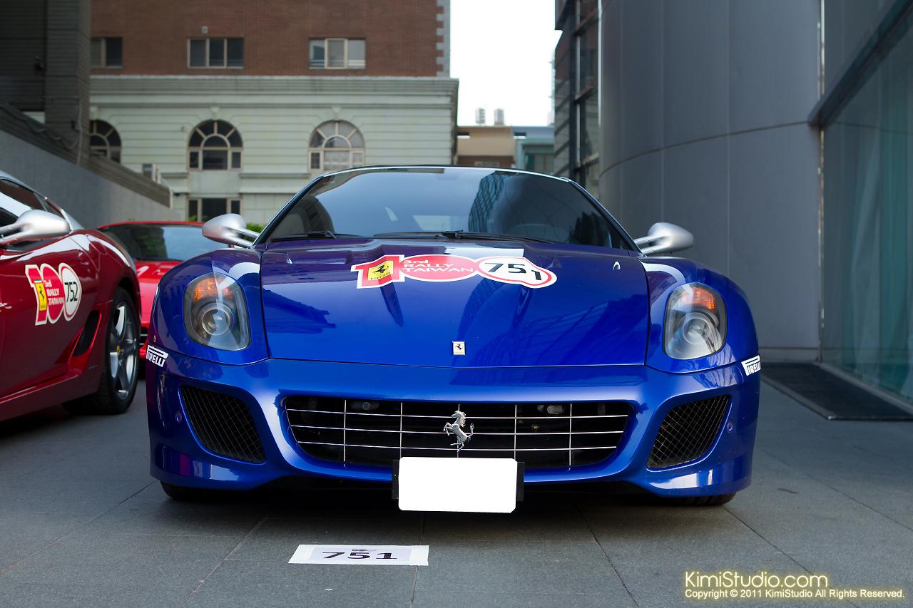 2011.10.28 Ferrari-086