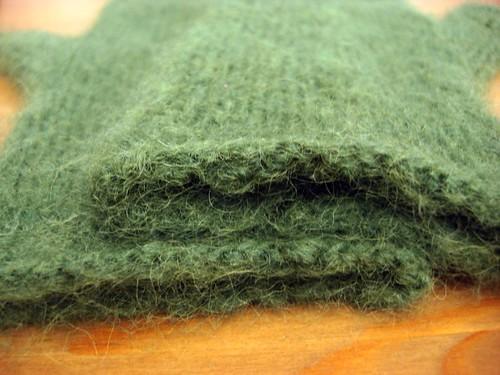 Fuzzy mitten liners
